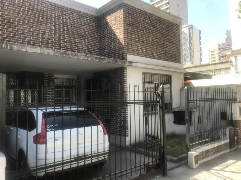Foto Casa en Alquiler en  Lomas de Zamora Oeste,  Lomas De Zamora  Alem al 300