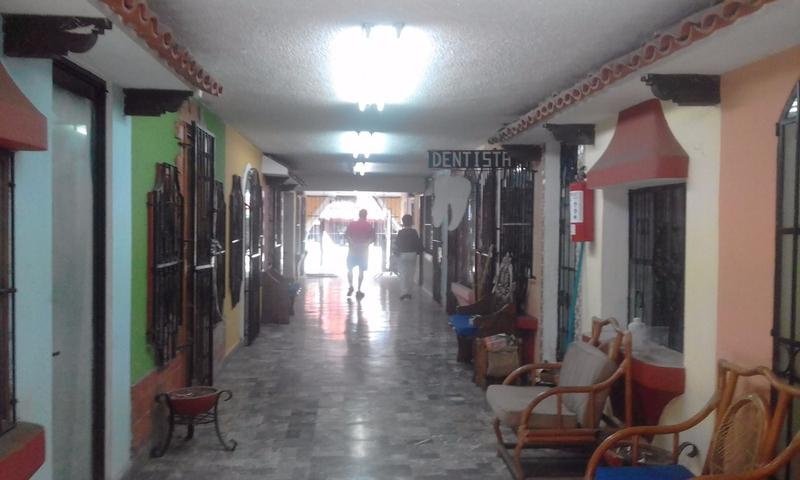 Cancún Centro Commercial Building for Sale scene image 12