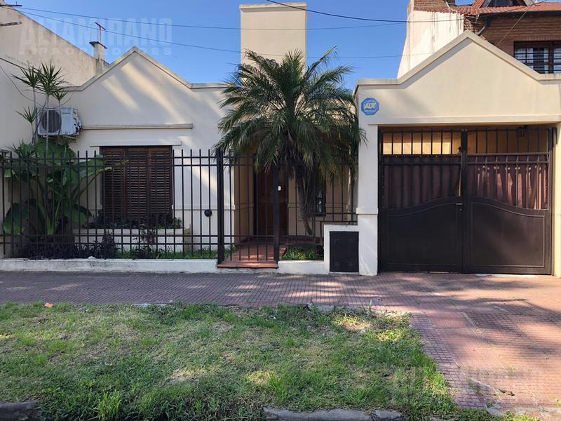 Foto Casa en Venta en  Villa Ballester,  General San Martin  Charlone al 5100  e/Lamadrid y General Paz