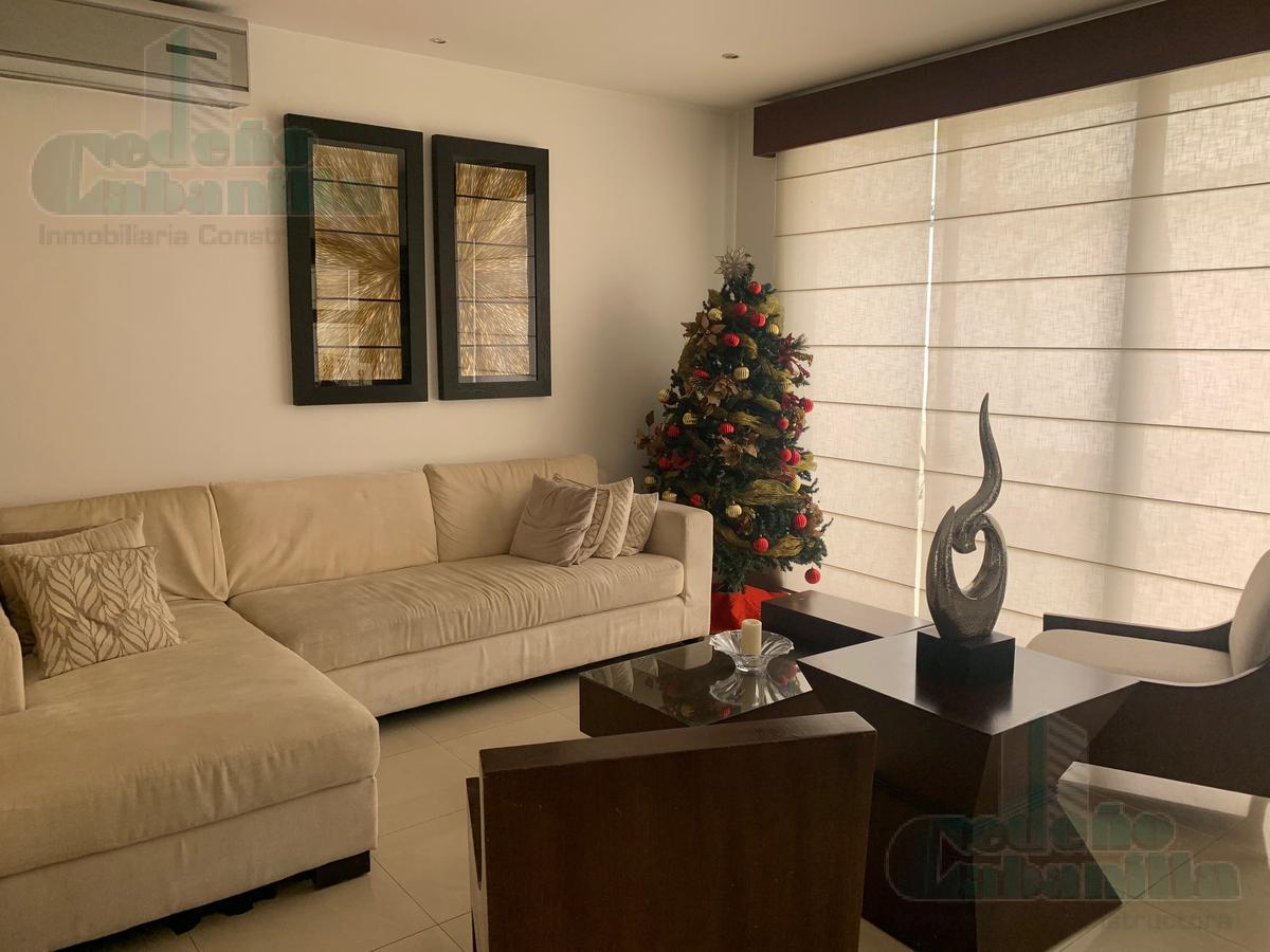 Foto Casa en Venta en  Samborondón,  Guayaquil  VENTA PRECIOSA CASA - KM 4 VÍA SAMBORONDÓN
