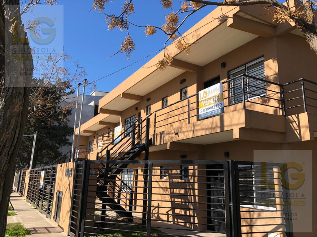 Foto Departamento en Venta en  Juan Maria Gutierrez,  Berazategui  411 1111
