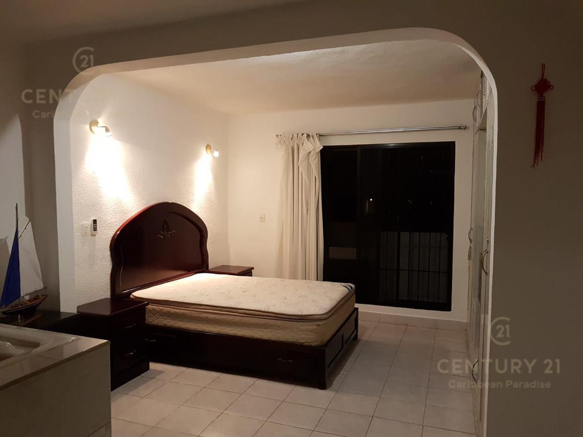 Donceles Casa for Alquiler scene image 8