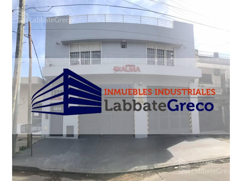 Foto Nave Industrial en Venta en  Villa Ballester,  General San Martin    Lynch Pueyrredon al 4300