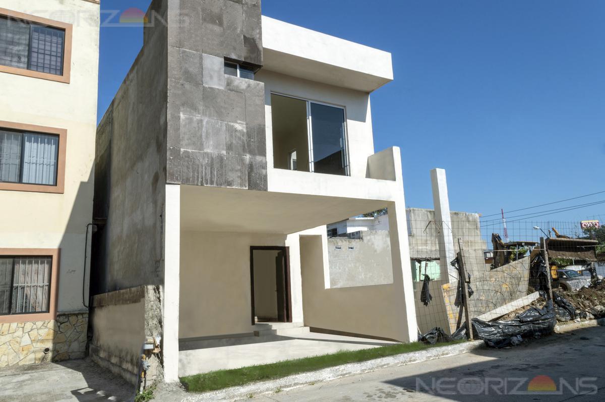 Foto Casa en Venta en  Lauro Aguirre,  Tampico  Casa en Venta en Tampico Col. Lauro Aguirre