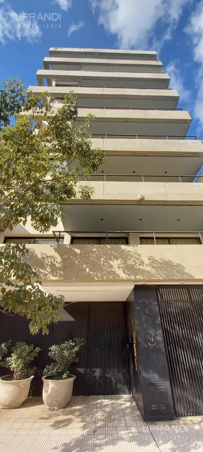 Foto Departamento en Alquiler en  Nueva Cordoba,  Cordoba Capital  AV VELEZ SARSFIELD 1100 -  PISO COMPLETO -