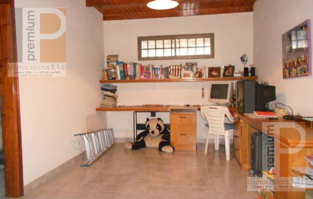 Foto Casa en Venta en  Catedral,  San Francisco  Poeta Lugones al 1000