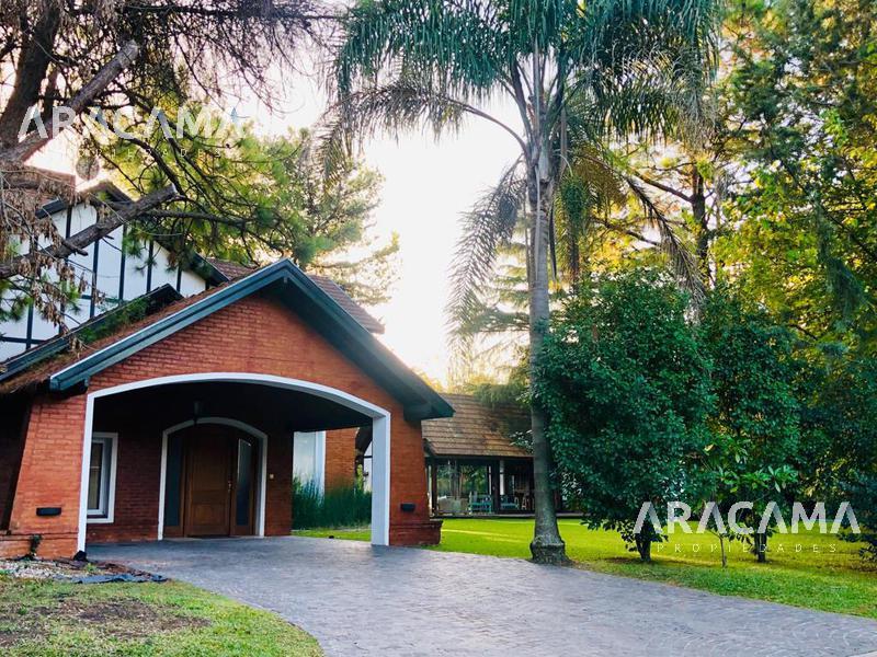 Foto Casa en Alquiler en  Canning,  Esteban Echeverria  Saint Thomas Norte