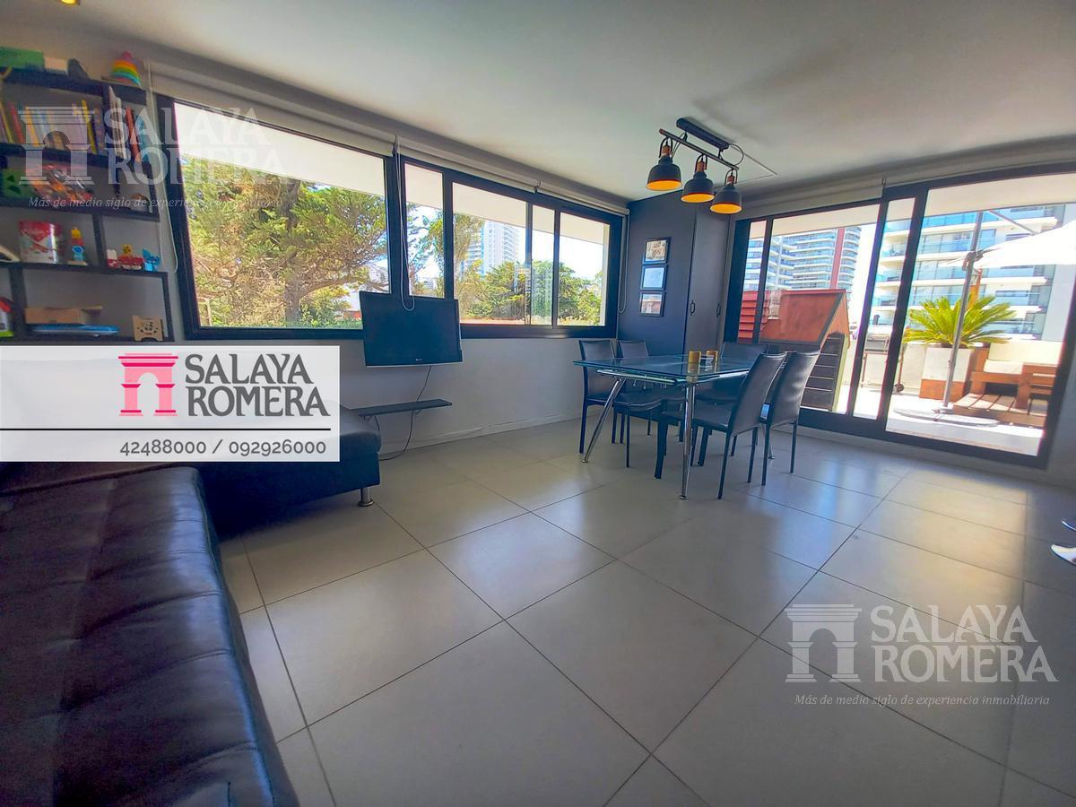 Foto Departamento en Venta en  La Pastora,  Punta del Este  Apartamento 2 dormitorios a pasos de Playa Brava, Punta del este