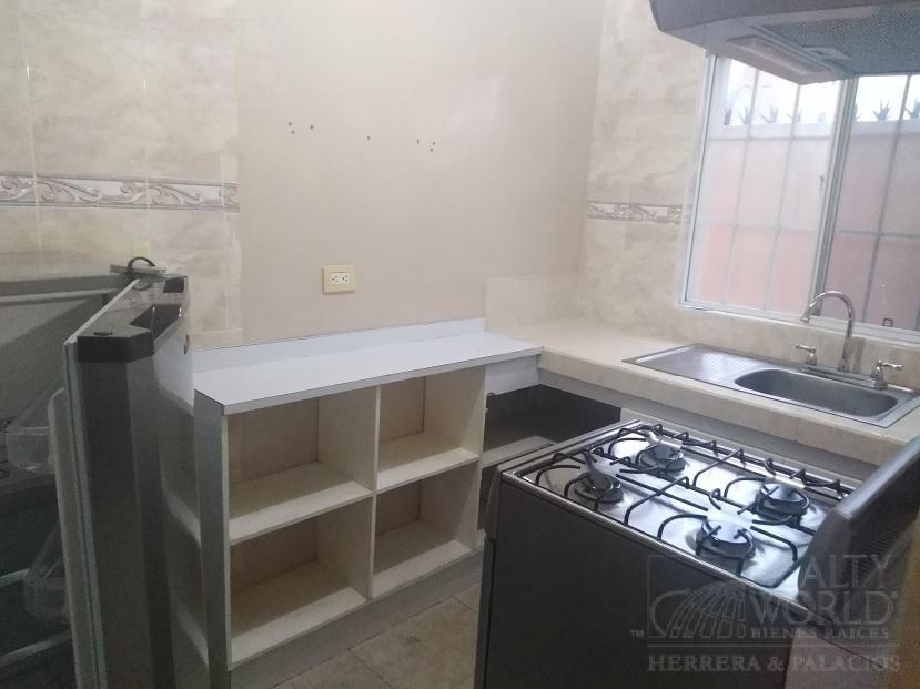 Foto Departamento en Renta en  Cumbres 3er Sector,  Monterrey  Depto Amueblado Cumbres 3er Sect