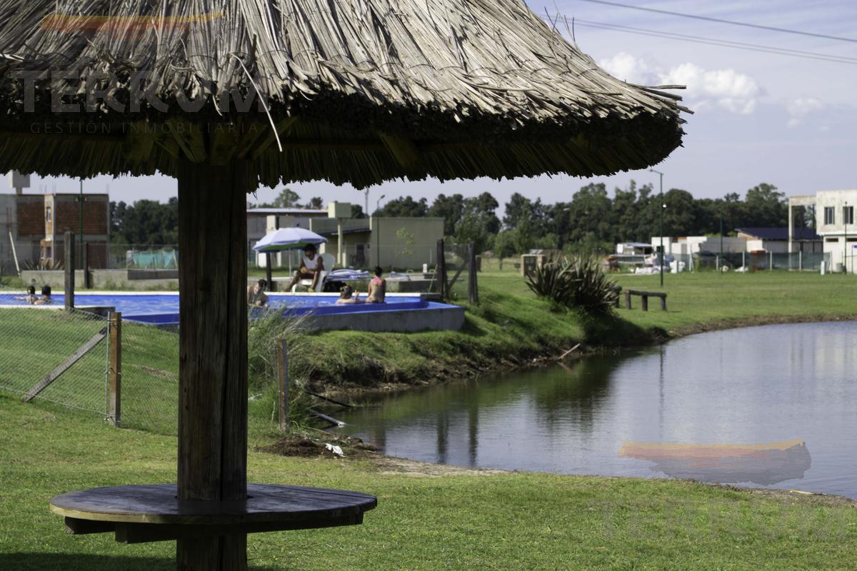 Foto Casa en Venta en  Laguna Azul,  Countries/B.Cerrado (Ezeiza)  Casa en venta : Canning :: Barrio Laguna Azul