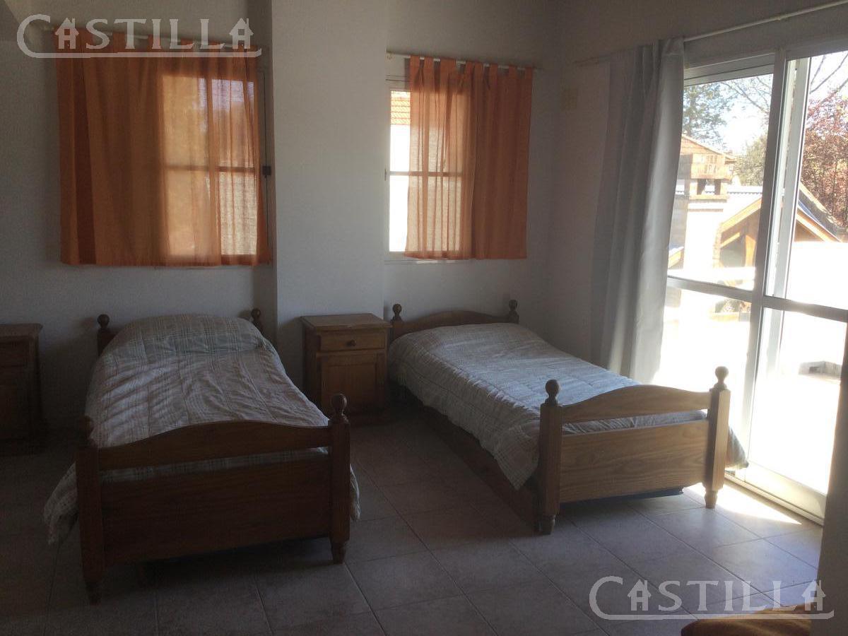 Foto Casa en Venta | Alquiler temporario en  Aranzazu,  Countries/B.Cerrado (Escobar)  Club de Campo Aranzazu