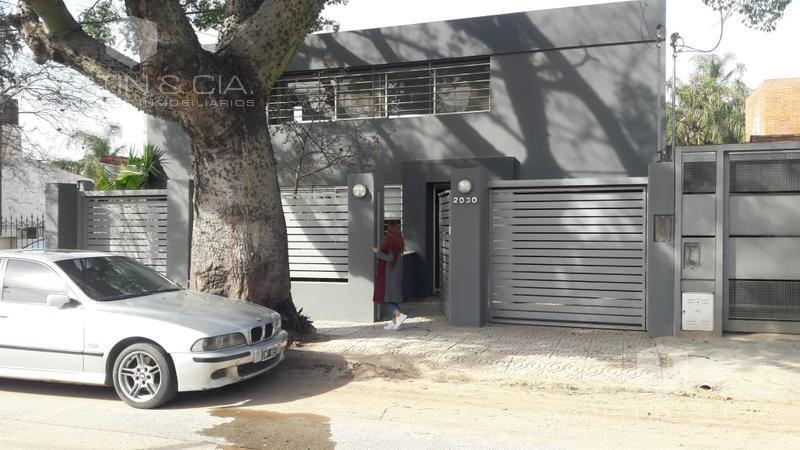 Foto Casa en Venta en  Cerro De Las Rosas,  Cordoba Capital  Apta comercial y corporativa, actualmente con renta