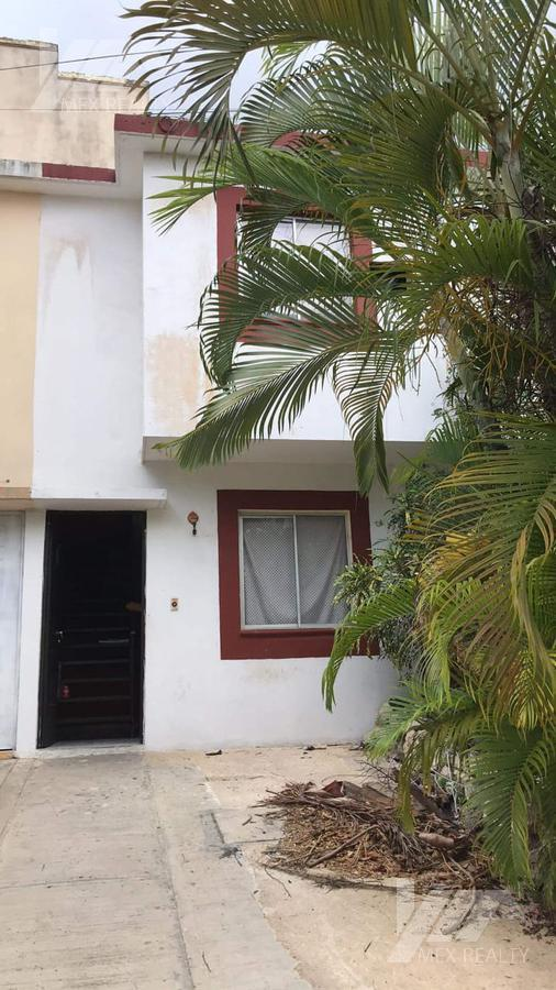 Foto Casa en Venta en  Petén,  Cancún  CLAVE 51386 CONDOMINIO EL PETEN, SM 210, CANCUN, Q. ROO, ESCRITURA Y POSESIÓN $375,500, CONTADO MUY NEGOCIABLE