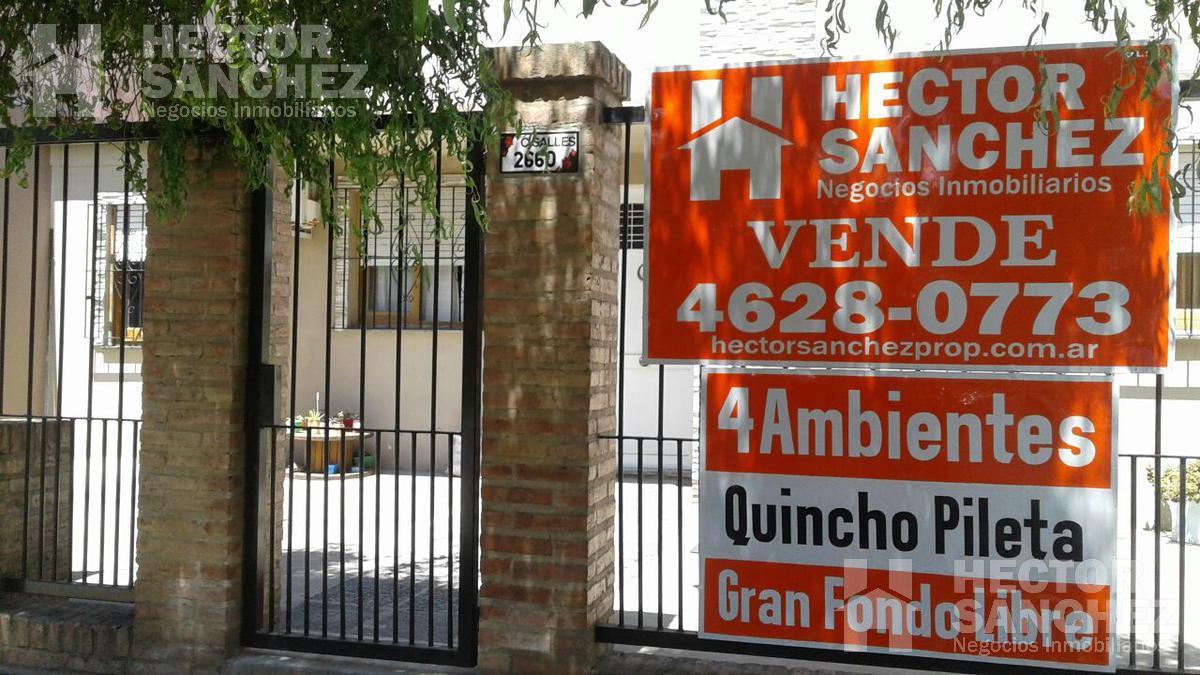 Foto Casa en Venta en  Moron Sur,  Moron  Campos Salles al 2600