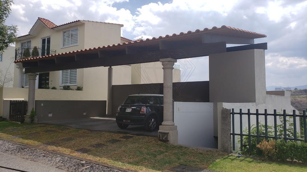 Foto Casa en Venta en  Bosque Real,  Huixquilucan  Casa en venta, Fraccionamiento La Vista, Bosque Real (VW)