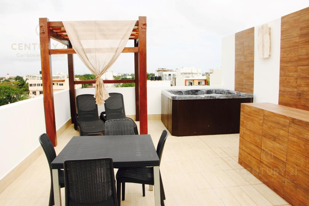 Playa del Carmen Commercial Building for Sale scene image 18
