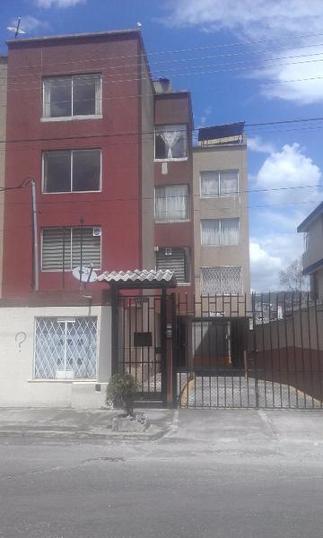 Foto Departamento en Venta en  Sur de Quito,  Quito  Lindo Departamento Sector La Gatazo Sur de Quito