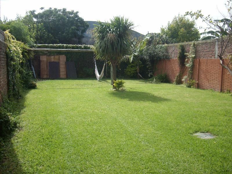 Foto Casa en Venta en  La Plata ,  G.B.A. Zona Sur  20.e/32 y 33