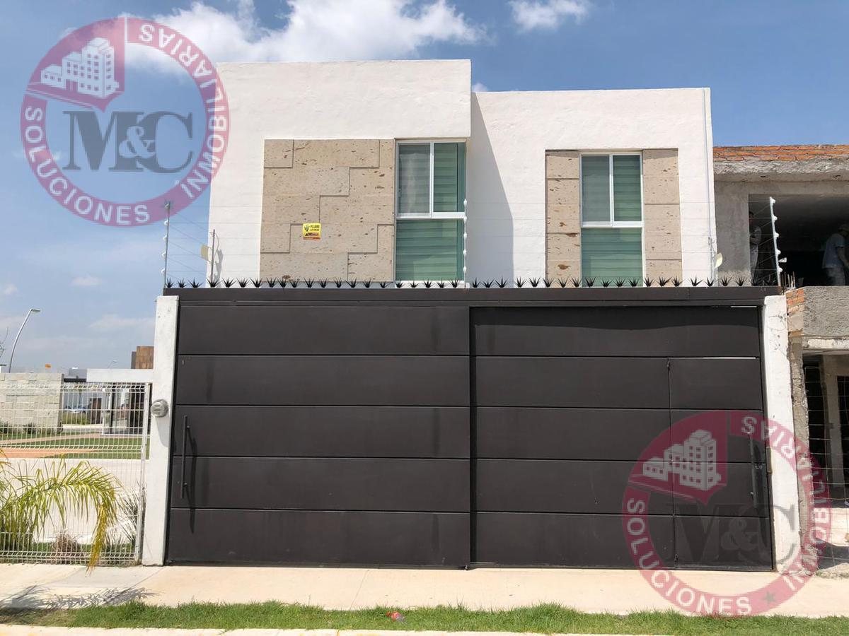 Foto Casa en Venta en  Aguascalientes ,  Aguascalientes  RENTA HERMOSA CASA NUEVA AL PONIENTE EN LA TRINIDAD