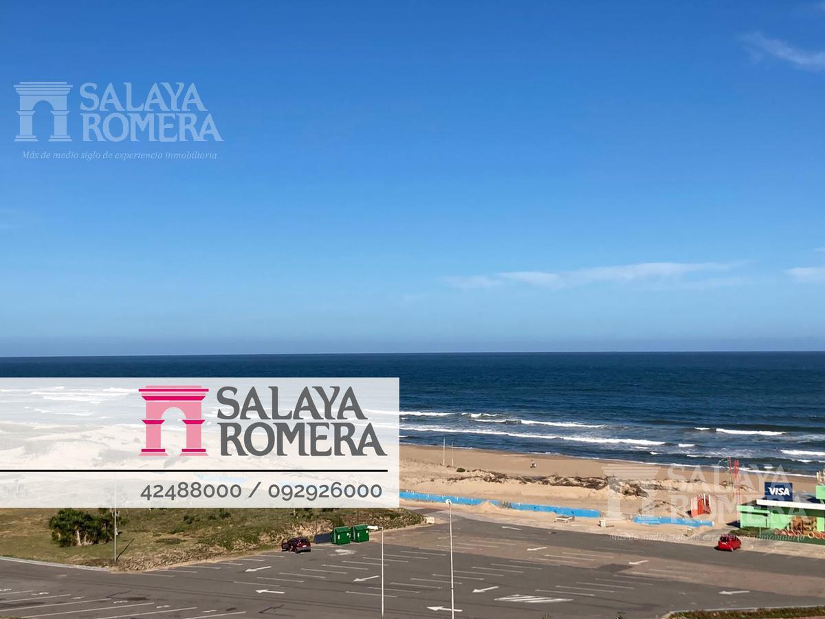 Foto Departamento en Venta en  Punta del Este ,  Maldonado  Venta apartamento 3 dormitorios  en suite,  toilette  con vista al Mar