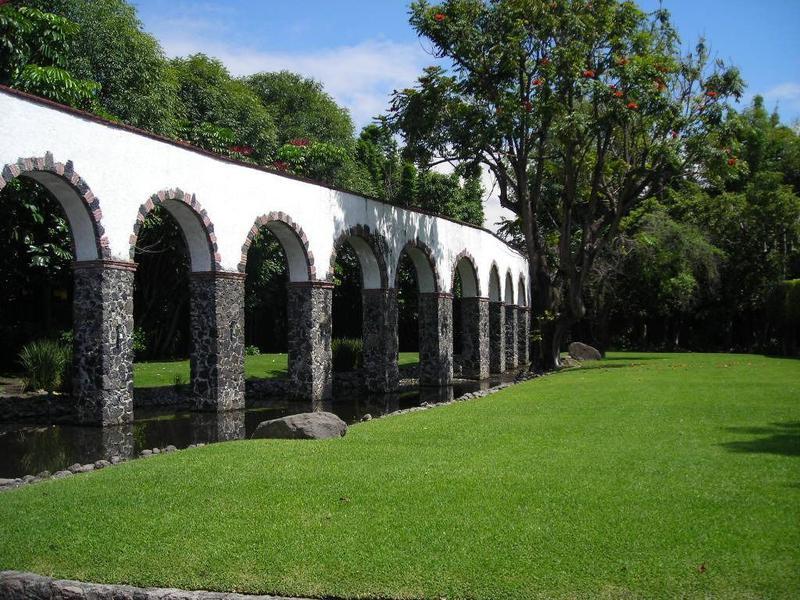 Foto Terreno en Venta en  Morelos,  Cuernavaca  Terreno Dr. José G. Parres, Jiutepec