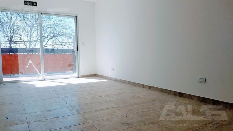 Foto Departamento en Venta en  Ituzaingó ,  G.B.A. Zona Oeste  Ituzaingó