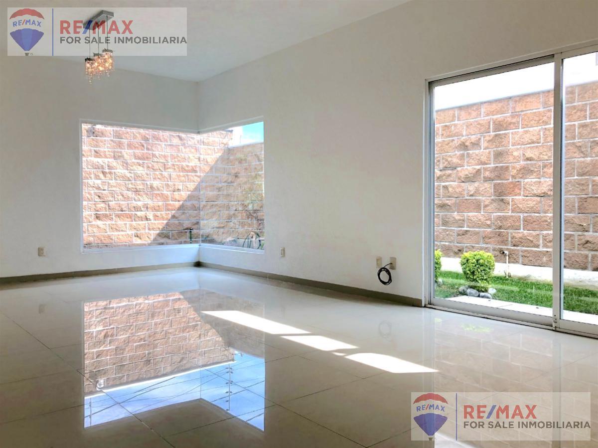 Foto Casa en Renta en  Extensión Vista Hermosa,  Cuernavaca  Venta y Renta de casa en Extensión Vista Hermosa, Cuernavaca…Clave 3182