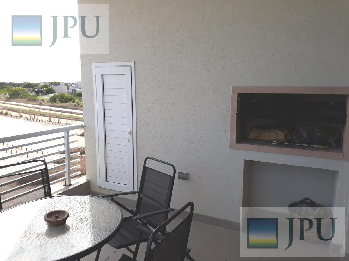 Foto Departamento en Alquiler temporario en  Costa Esmeralda,  Punta Medanos  AlGolf19 - Edificio Albatros 2 C