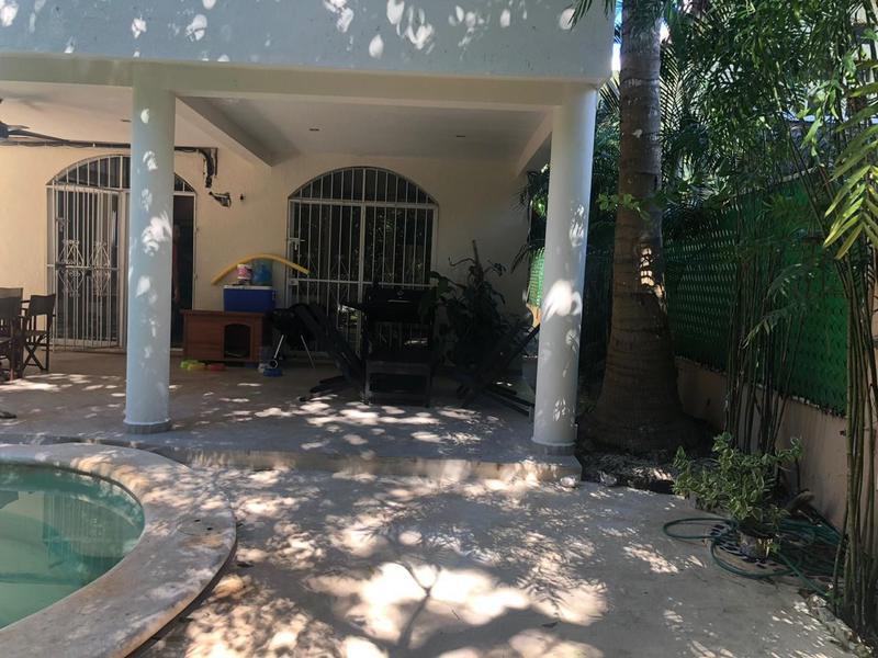 Foto Casa en Venta en  Solidaridad,  Playa del Carmen  Casa Playacar