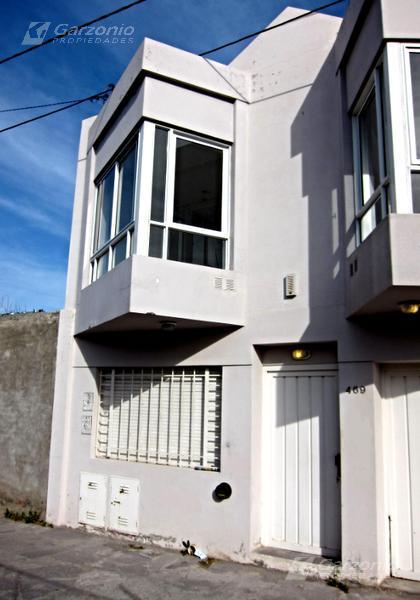 Foto Departamento en Alquiler en  Trelew ,  Chubut  Pasaje Jujuy al 400