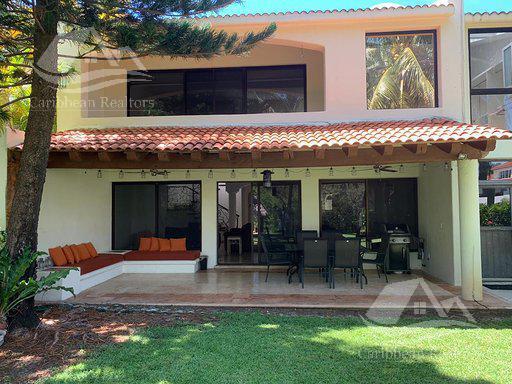 Foto Casa en Renta | Venta en  Isla Dorada,  Cancún  Casa en Venta en Cancun/Isla Dorada