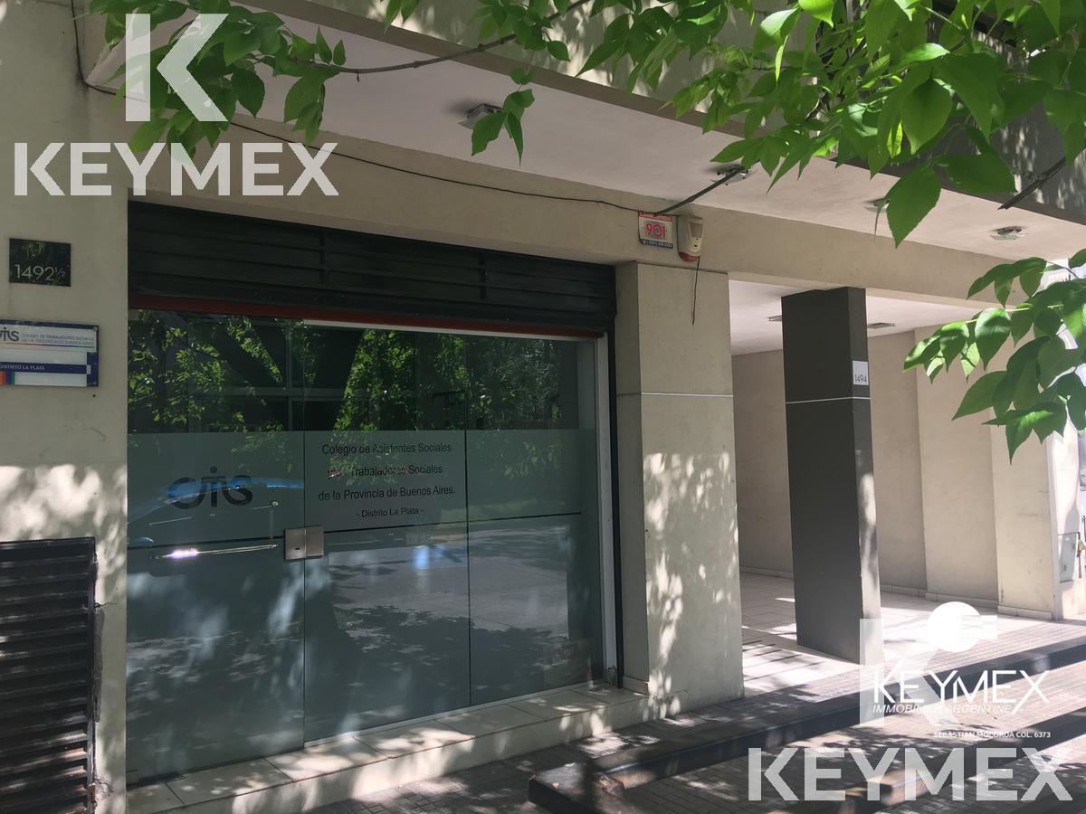 Foto Local en Venta en  La Plata ,  G.B.A. Zona Sur  calle 47 e 24 y 25
