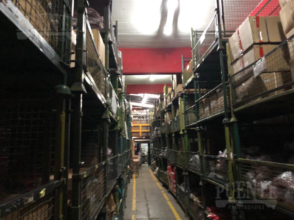 Foto Edificio Comercial en Venta en  Lanús,  Lanús  Acevedo 1076