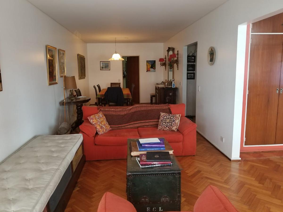 Foto Departamento en Alquiler en  Recoleta ,  Capital Federal  Pacheco de Melo 1835 5 A