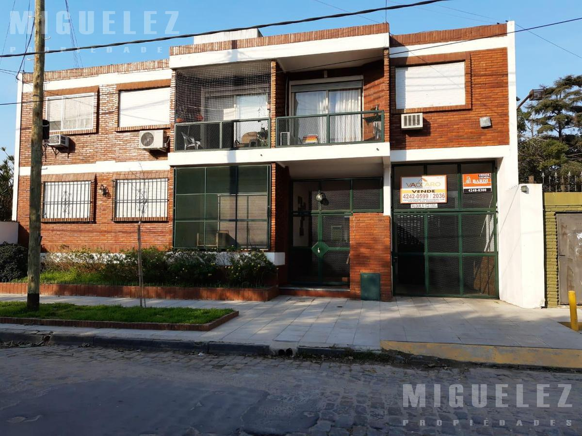 Foto Departamento en Venta en  Banfield,  Lomas De Zamora  BELGRANO 1811