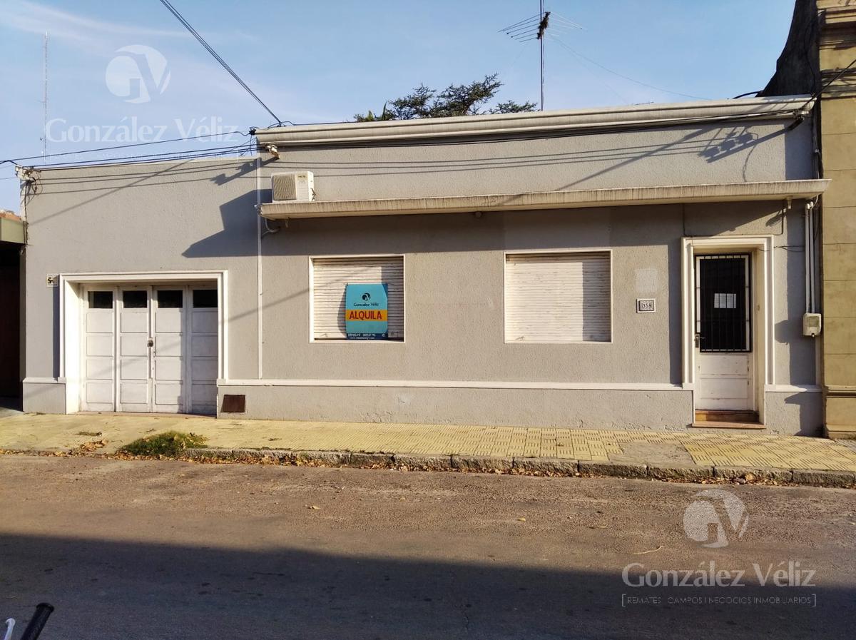 Foto Casa en Alquiler en  Carmelo ,  Colonia  General Flores entre Uruguay y 19 de abril