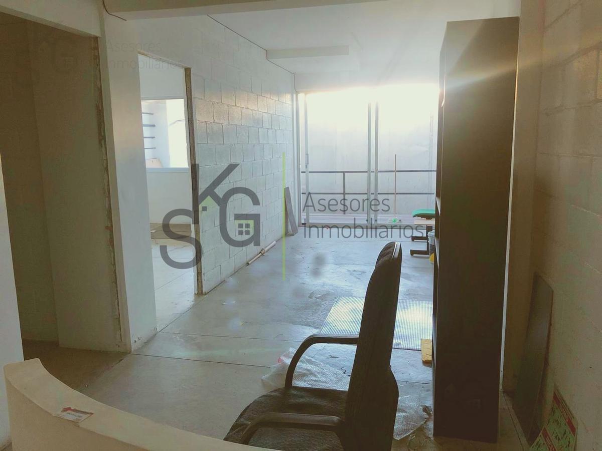 Foto Oficina en Renta en  Lomas de Tecamachalco,  Naucalpan de Juárez  SKG Asesores Inmobiliarios renta Oficina o Local de 60m2, Lomas de Tecamachalco