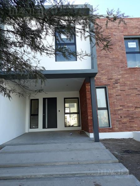 Foto Casa en Venta en  Cordoba Capital ,  Cordoba  Venta Duplex  B° Miradores de Manantiales 3 dormitorios a estrenar!!