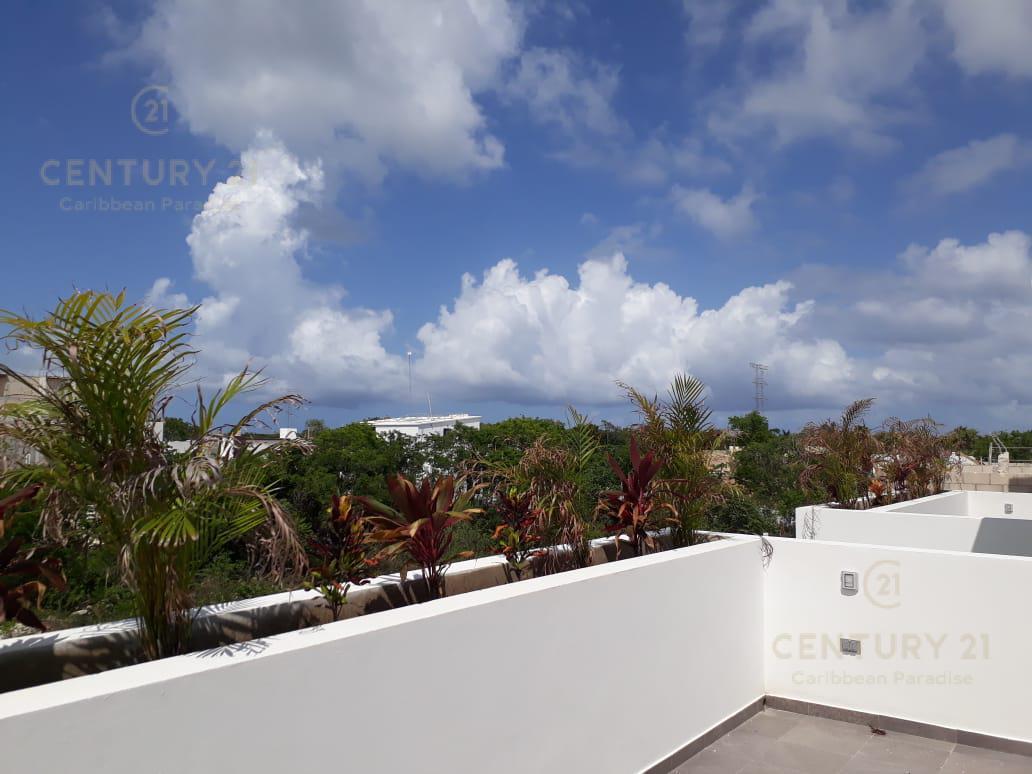 Playa del Carmen House for Sale scene image 32