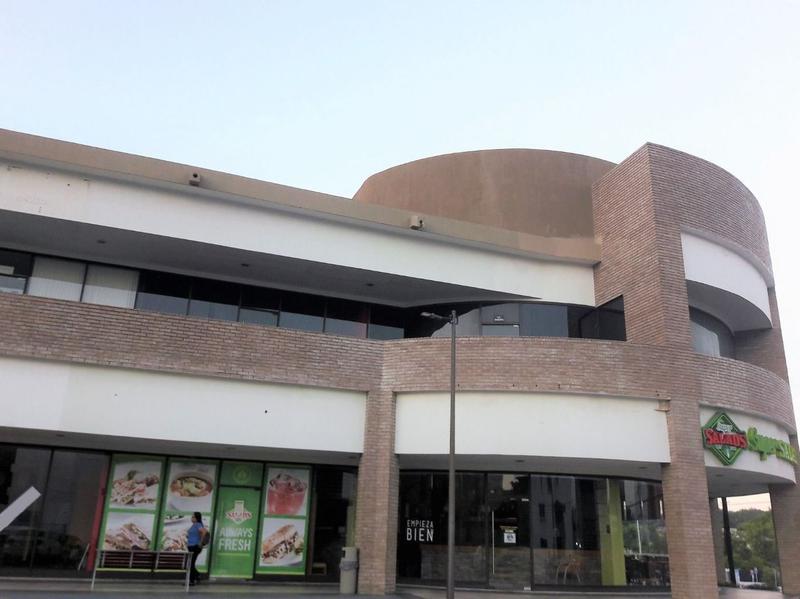 Foto Local en Renta en  Fraccionamiento Lomas Del Naranjal,  Tampico  Local Comercial en Renta   Plaza Dorada, Tampico