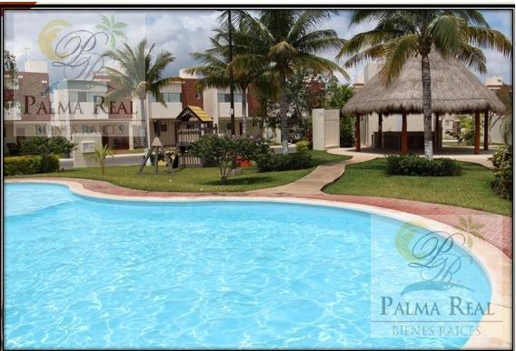 Foto Casa en Renta en  Supermanzana 330,  Cancún  OFERTO CASA AMUEBLADA CON SERVICIOS INCLUIDOS
