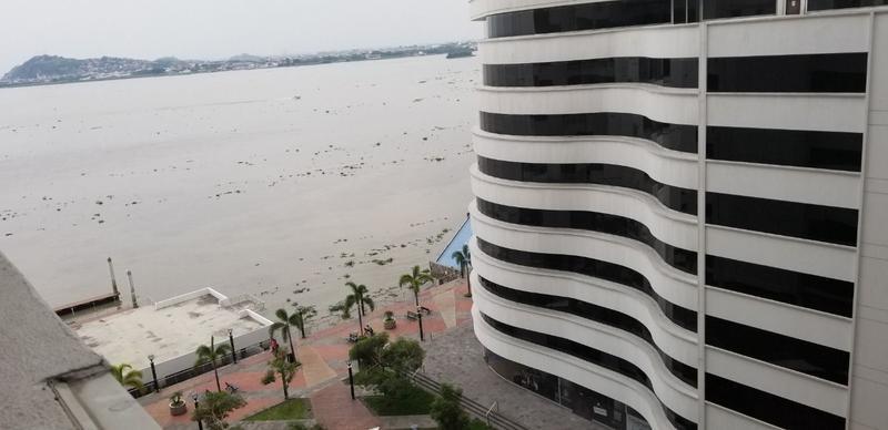 Foto Departamento en Venta en  Malecon 2000,  Guayaquil  VENTA DEPARTAMENTO BELLINI II VISTA AL RIO PUERTO SANTA ANA 77M2