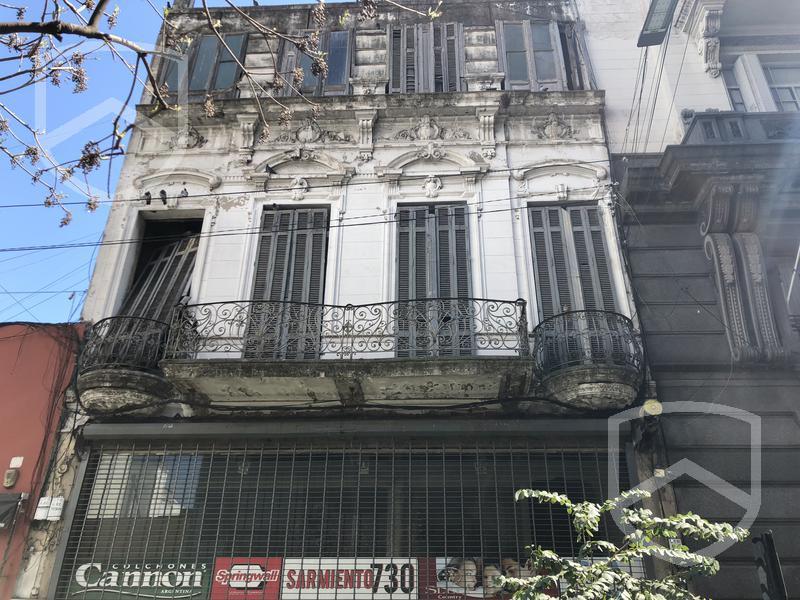Foto Local en Venta en  Centro,  Rosario          Sarmiento al 700