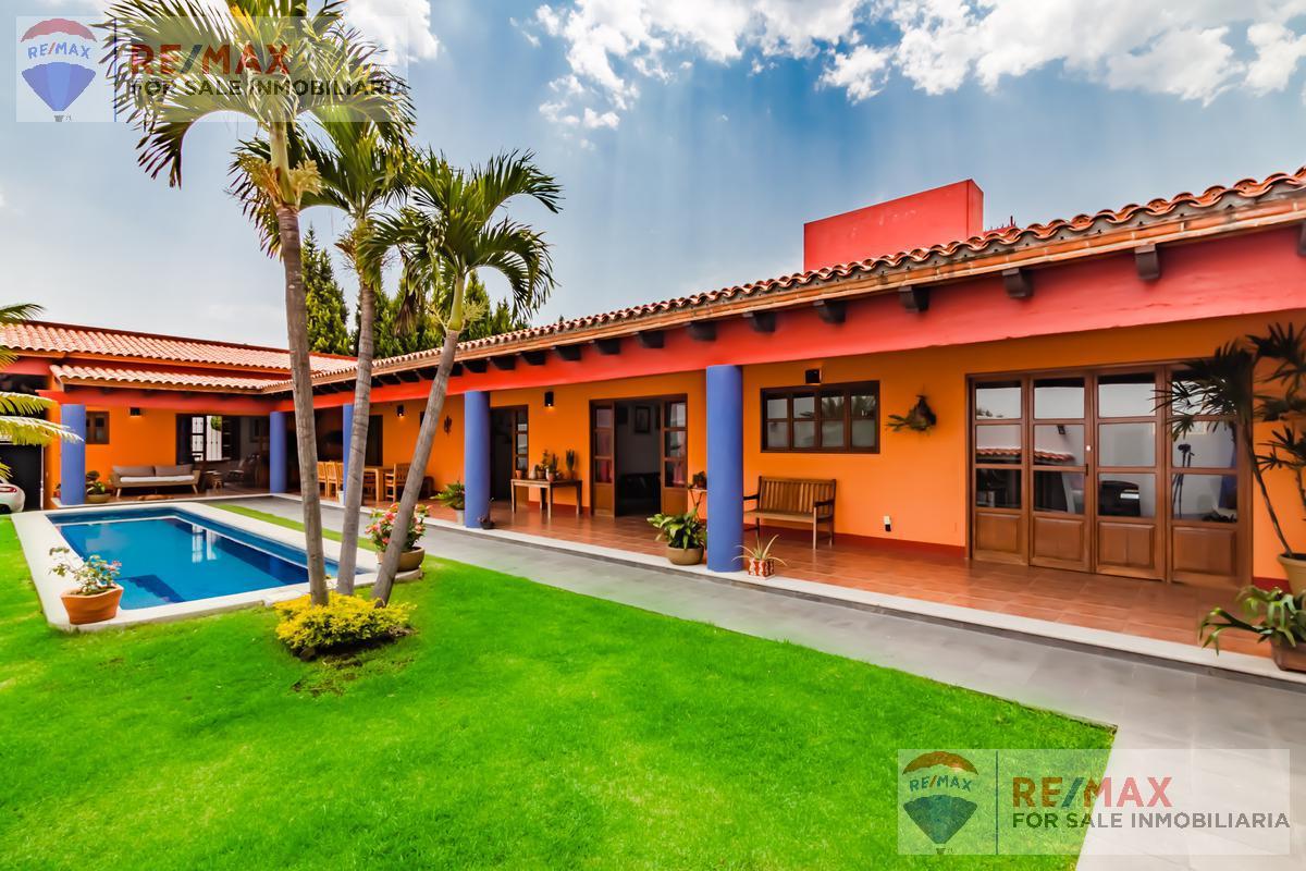 Foto Casa en Venta en  Fraccionamiento Real de Tetela,  Cuernavaca  Venta de casa , Fracc. Real de Tétela, Cuernavaca, Morelos...Clave al 3100