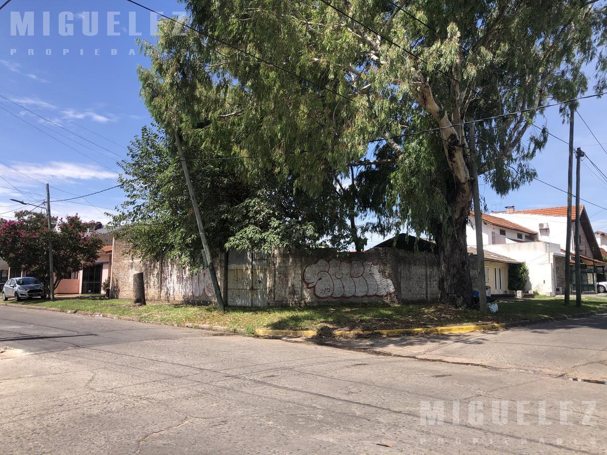 Foto Terreno en Venta en  Banfield,  Lomas De Zamora  LOTE VENTA BANFIELD PENA Y 11 DE SETIEMBRE