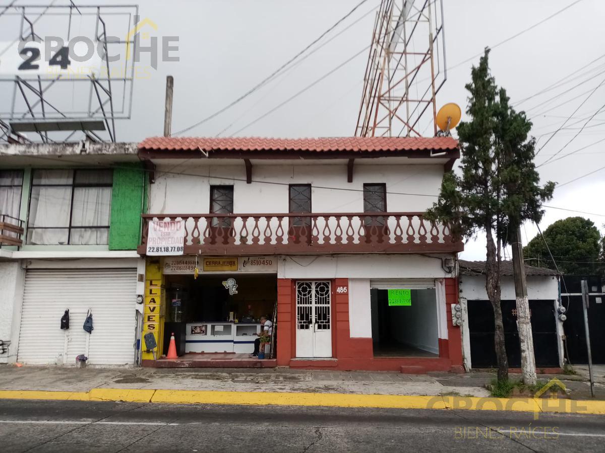 Foto Casa en Venta en  Tatahuicapan,  Xalapa  Casa en Venta en Xalapa, Ver. Zona 20 de noviembre, justo frente a la Ford