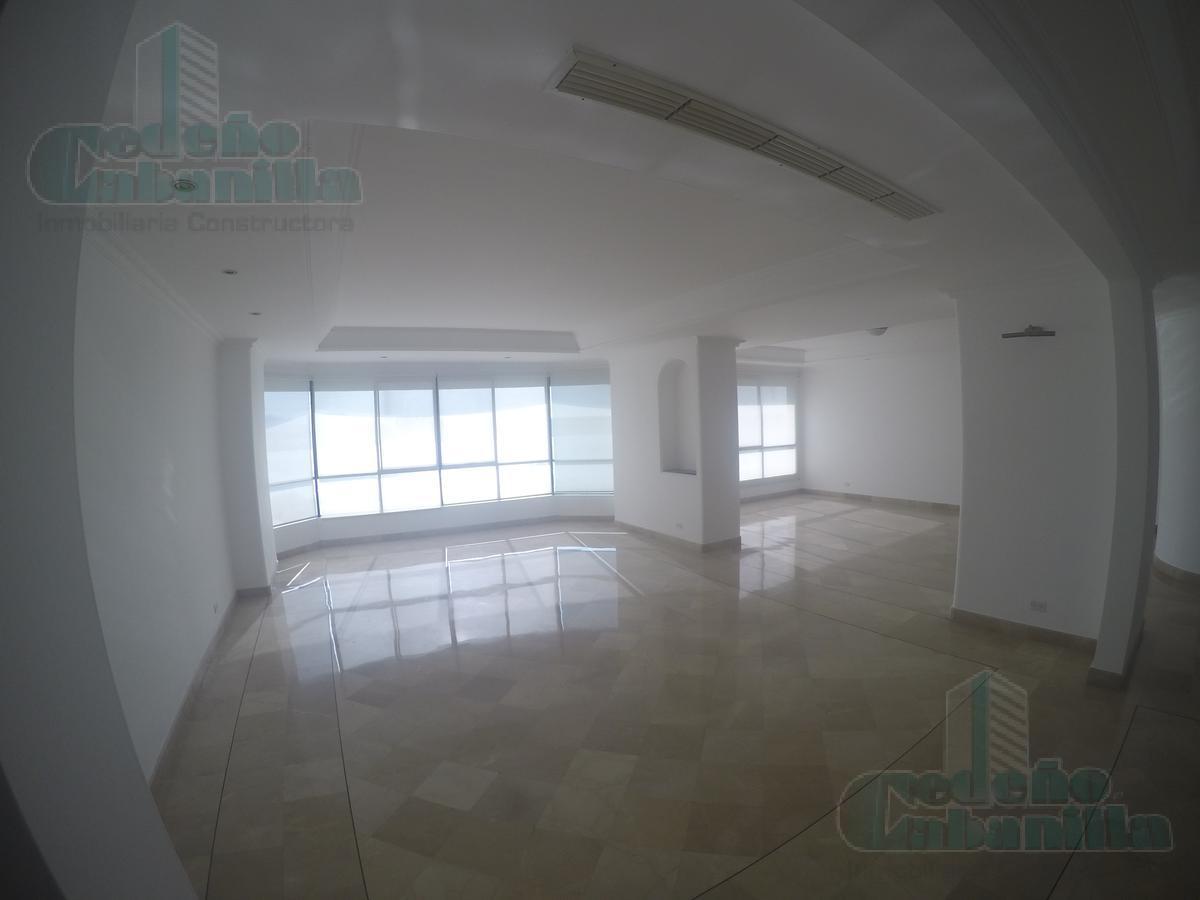 Foto Departamento en Alquiler en  Samborondón,  Guayaquil   ALQUILER DEPARTAMENTO SEMIAMOBLADO AL RIO Y CON ASCENSOR