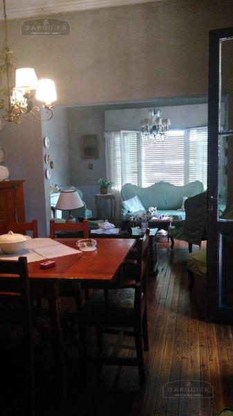 Foto Casa en Venta en  Temperley Este,  Temperley  CANGALLO N° 441