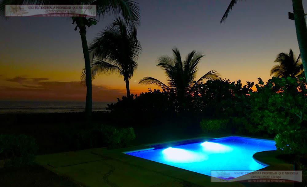 Foto Casa en Venta | Renta temporal en  Pueblo Barra Vieja,  Acapulco de Juárez  Casa en Venta y renta vacacional  Playa Encantada