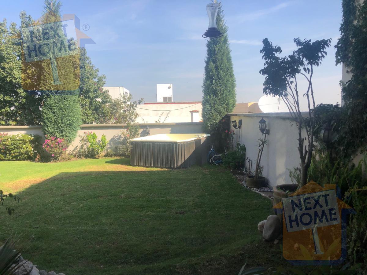 Foto Casa en Venta en  Lomas de Tecamachalco,  Huixquilucan  VENTA CASA en PRIVADA